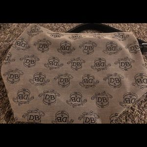 D&B Purse. Gently used. Great condition!